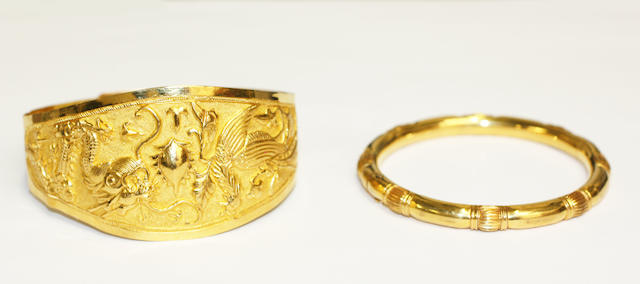 Two Oriental bangles, (2)