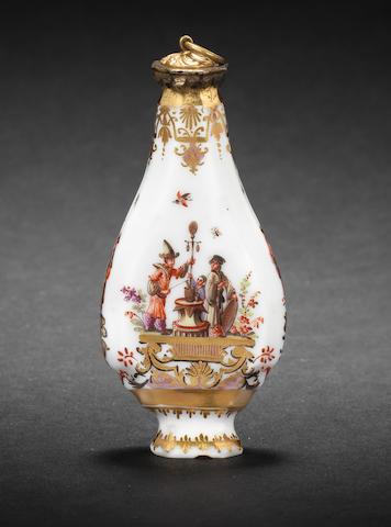 A Meissen scent flask, circa 1735