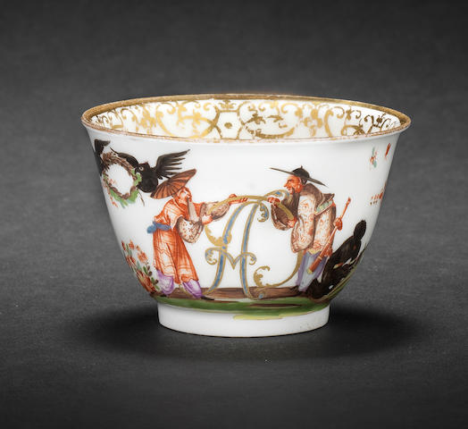 A Meissen teabowl from a service for Clemens August, Elector of Cologne circa 1728-30