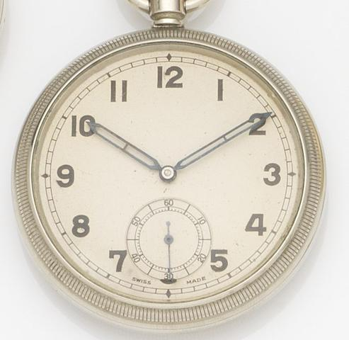Unsigned. A nickel plated military keyless wind pocket watch Ref:6E/50, Case No.3273976, Circa 1942