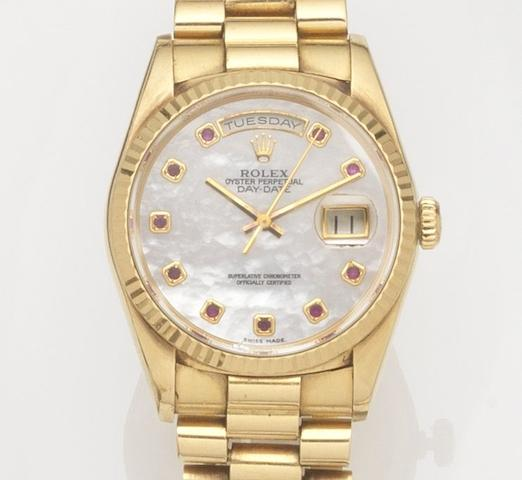 Rolex. An 18ct gold automatic calendar bracelet watch Day-Date, Ref:18238, Case No.E871***, Movement No.5769***, Circa 1990