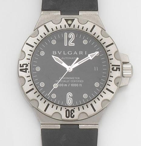 Bulgari. A stainless steel automatic calendar wristwatch Diagono Professional Scuba, Ref:SD40S, Case No.D0674, 2000's