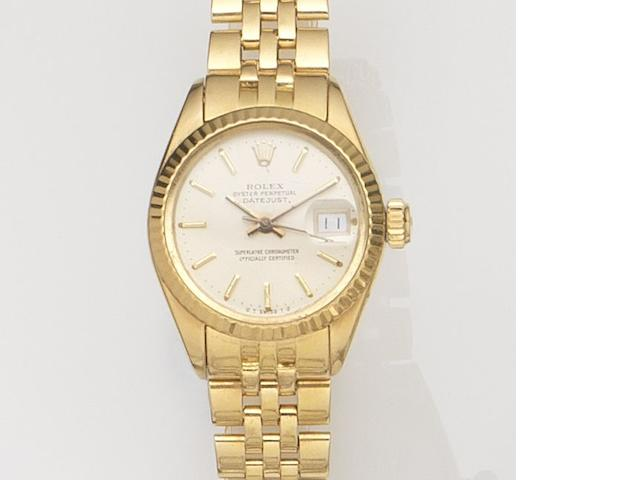 Rolex. A lady's 18ct gold automatic calendar wristwatch Datejust, Ref:6927, Case No.3703***, Movement No.50***, Circa 1975