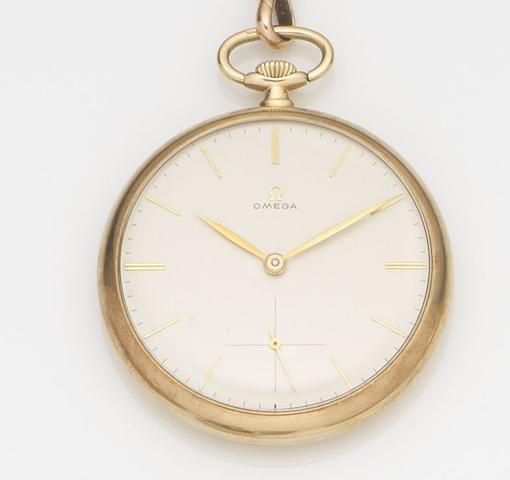 Omega. A 9ct gold open face keyless wind pocket watch together with 9ct gold chain Ref:901, Case No.712596, Movement No.9985605, Birmingham Hallmark for 1961