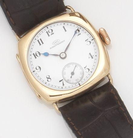 IWC. A 9ct gold manual wind wristwatch Case No.795218, Movement No.746150, Glasgow Hallmark for 1923