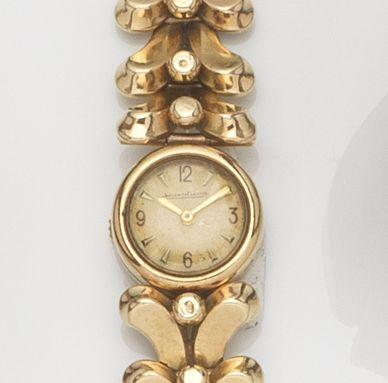 Jaeger-LeCoultre. A lady's 9ct gold manual wind bracelet watchCase No.2195, Circa 1950