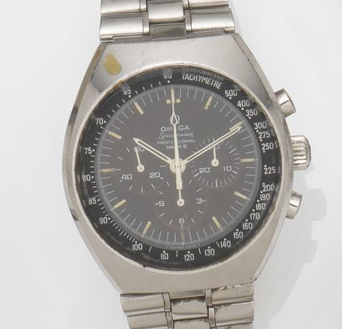 Omega. A stainless steel manual wind chronograph bracelet watch Speedmaster Professional Mark II, Ref:145.014, Movement No.29606349, Circa 1971