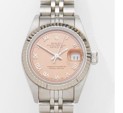 Rolex. A lady's stainless steel automatic calendar bracelet watch with box and papers Datejust, Ref:69174, Case No.N522***, Movement No.2083***, Sold 5th January 1993