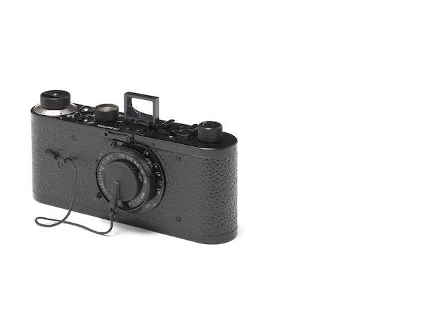 Replica of Leica O series