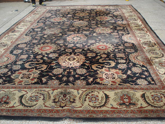 A Heriz design carpet 537cm x 359cm