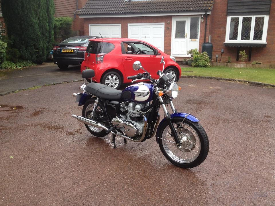 350 miles from new,2005 Triumph 790cc Bonneville T100 Frame no. SMTTJ912TM4203504 Engine no. 204379