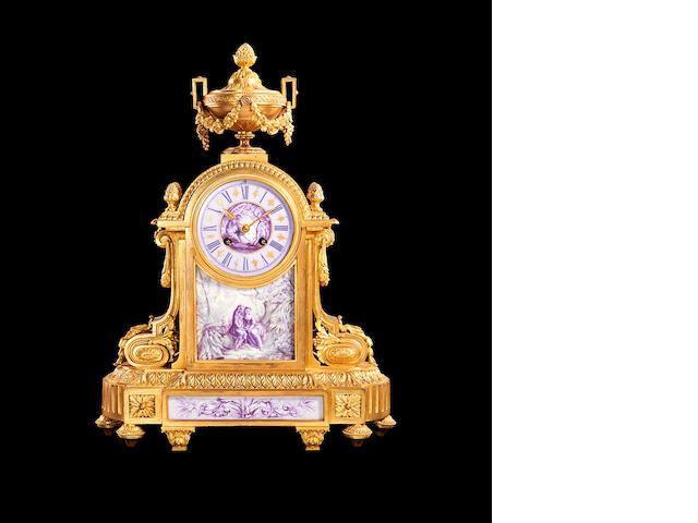 French ormolu and ceramic mantle clock, pendulum