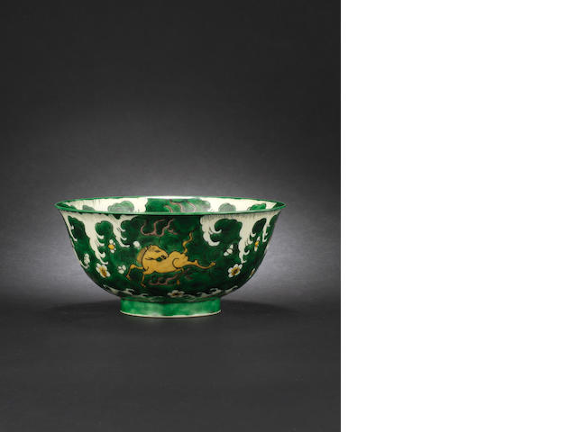 A susancai-glazed bowl Kangxi six-character mark