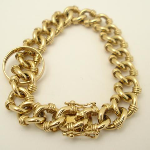 A 9ct gold bracelet and ring