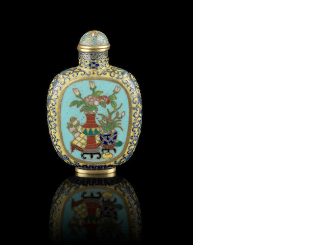 A cloisonné enamel snuff bottle Incised Qianlong four-character mark