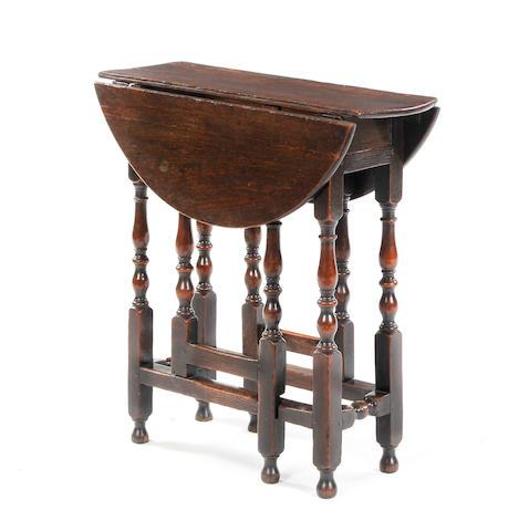 Small gateleg table