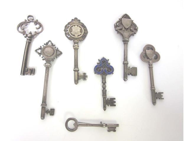 A George III silver key by Peter & Anne Bateman, London 1792  (7)