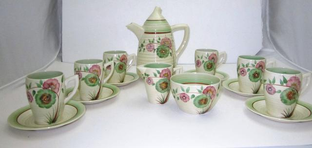 A Clarice Cliff 'Honeydew' Lynton coffee set