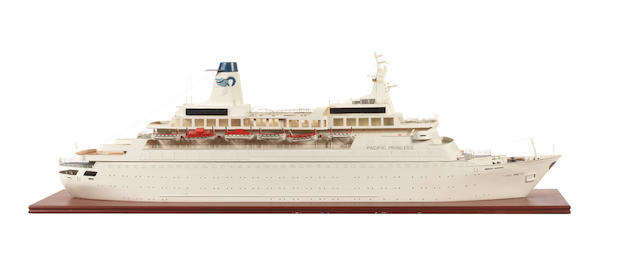 A waterline model of the Cruise Liner Pacific Princess 1970. 47.5x12x15ins. (121x31x38cm)
