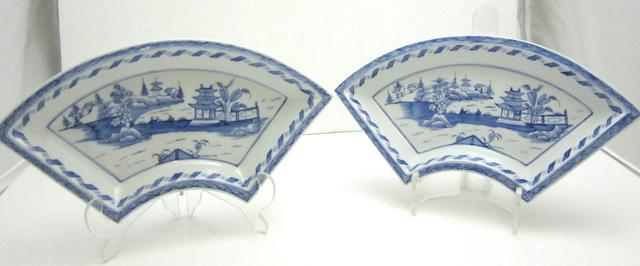Two Caughley fan shaped sandwich dishes Circa 1795