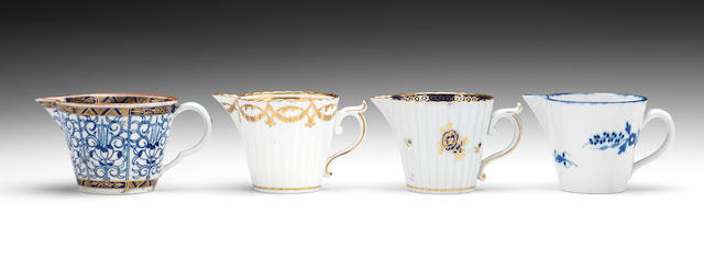 Three Caughley jugs and a Worcester jug, circa 1785-95