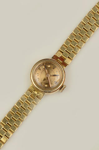 A lady's wristwatch