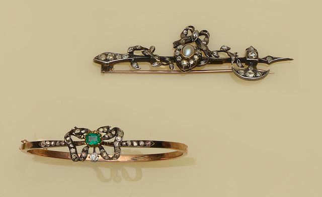 An antique gem set novelty brooch and a bangle (2)