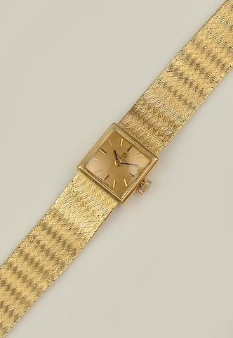Omega: A lady's 18ct gold wristwatch