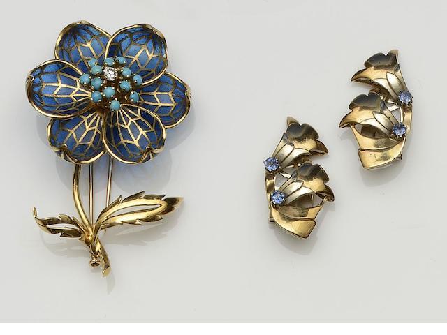 An enamel flower clip brooch, circa 1940/50's (6)