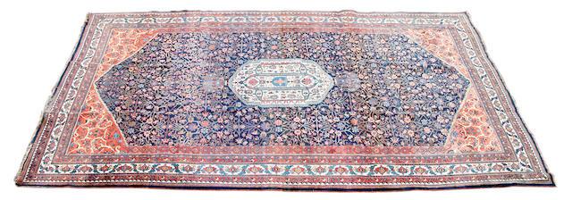 A Bidjar carpet 565 x 343cm.