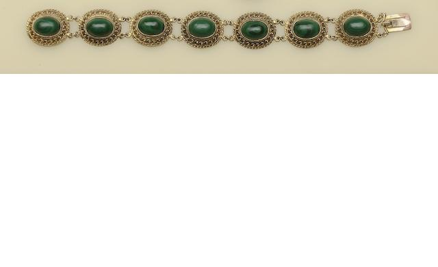 A 9ct gold and malachite bracelet