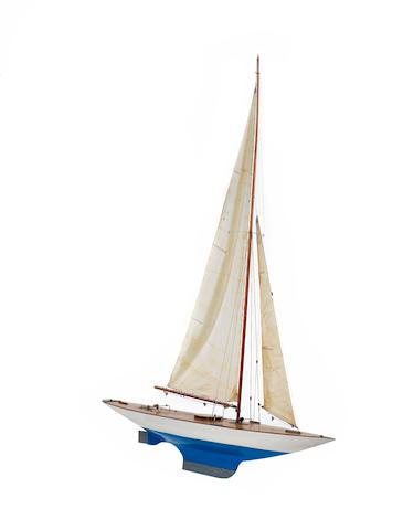 A Large Pond yacht, 74x12.5x92.5ins. (188x32x235cm)