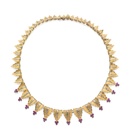 An 18ct gold ruby collar