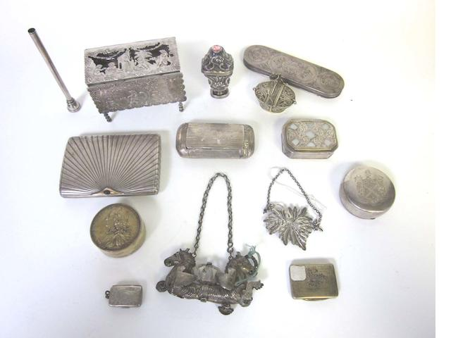 A small quantity of British and Continental silver  various dates and makers  (Qty)
