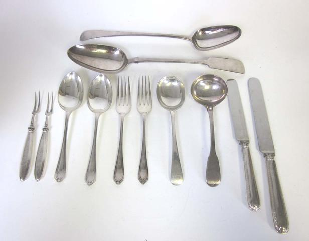 A set of six silver Argyle pattern-style table forks, dessert spoons and dessert forks by James Deakin, Sheffield 1933  (47)