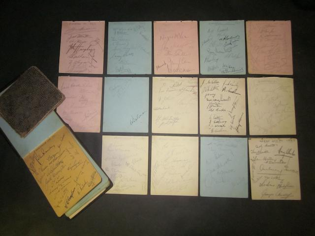 1946/47 mainly Football team autographs including Manchester United