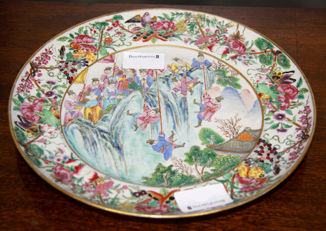 An unusually decorated Canton Export plate