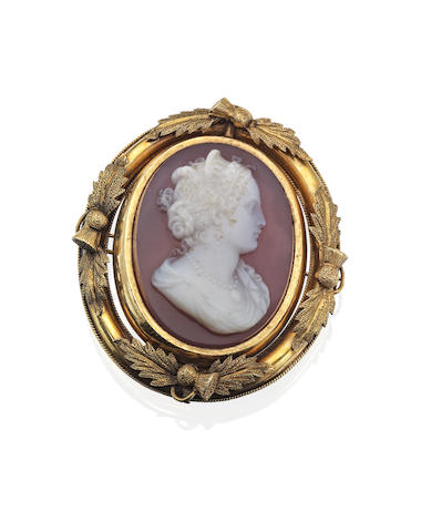 Of Scottish Interest: A Victorian hardstone cameo Mary, Queen of Scots brooch