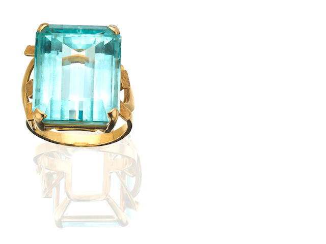 An aquamarine single-stone ring