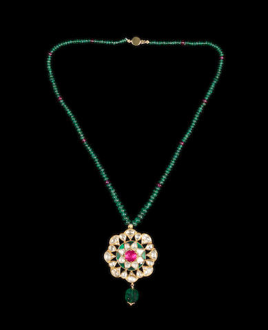 A gem-set enamelled gold Necklace Jaipur
