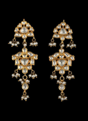 A pair of diamond-set enamelled gold pendent Earrings Jaipur, India, 20th Century(2)