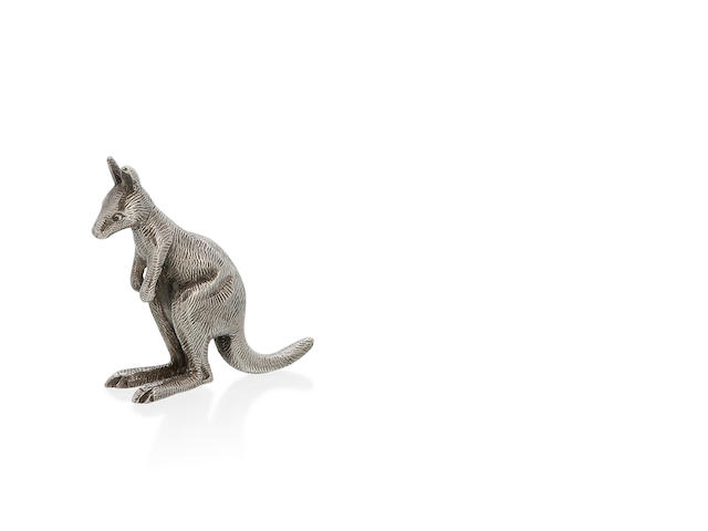 An Australian silver cast figure of a standing kangaroo by William Drummond & Co, Melbourne, late 19th century