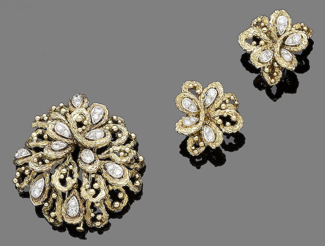 A diamond-set brooch and earclip suite (2)