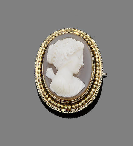 A hardstone cameo brooch/pendant,