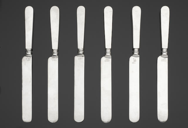 A set of six late 19th/early 20th century Chinese silver table knives stamped with character marks to the blades only