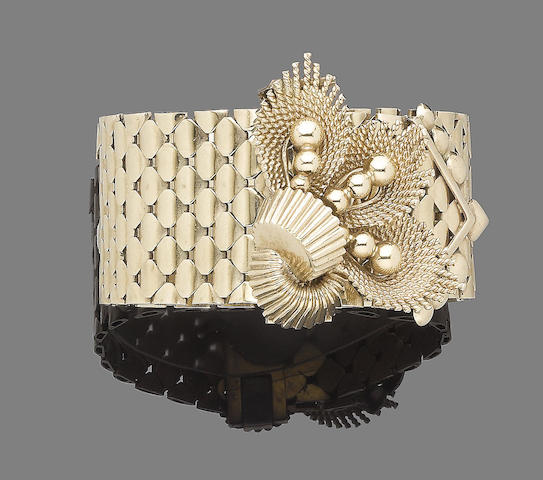 A gold jarretière bracelet,  by Sannit & Stein for Kutchinsky,