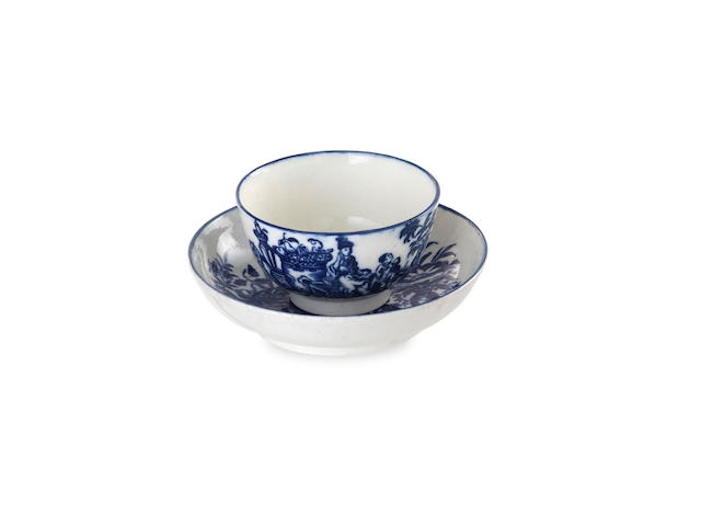 A Caughley tea bowl and saucer, circa 1785