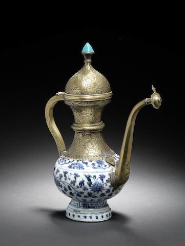 A porcelain Ewer