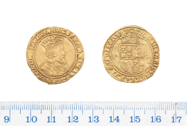 James I, second coinage (1604-19), Double-crown, 4.91g, fifth bust with longer hair in armour right,