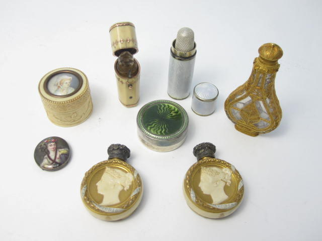A collection of scent bottles and small boxes  (7)